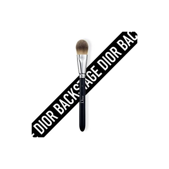 Picture of DIOR BACKSTAGE - Light coverage fluid foundation brush no. 11