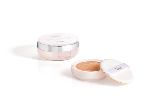 Capture Total Dreamskin Perfect Skin Cushion By Dior 020